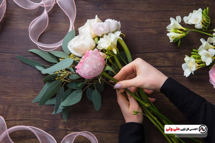 تزئین گل