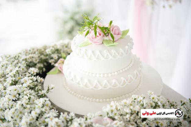 گل آرایی کیک