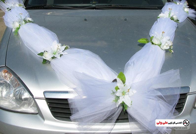 تزئین ماشین با گل و ربان