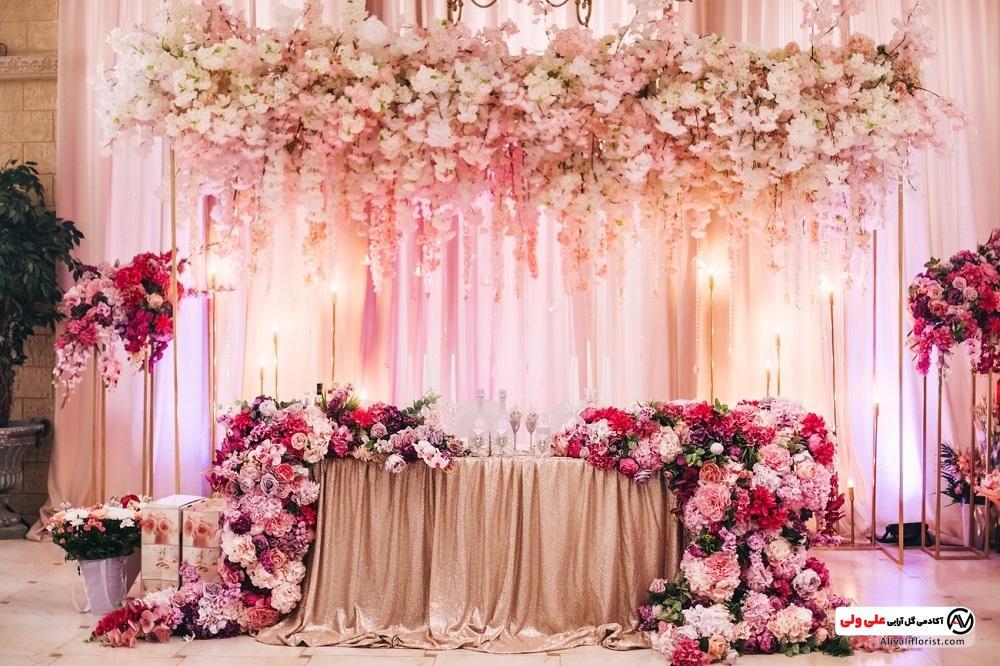 گل آرایی روی میز