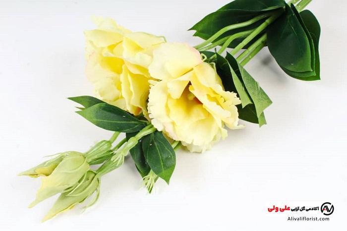 گل ایسیانتوس زرد